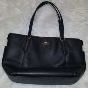 "COACH. Black leather purse. 9""  shoulder drop"